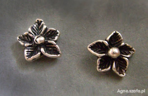kolczyki srebrne kwiatki niezapominajki