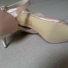 piękne satynowe buciki do ślubu