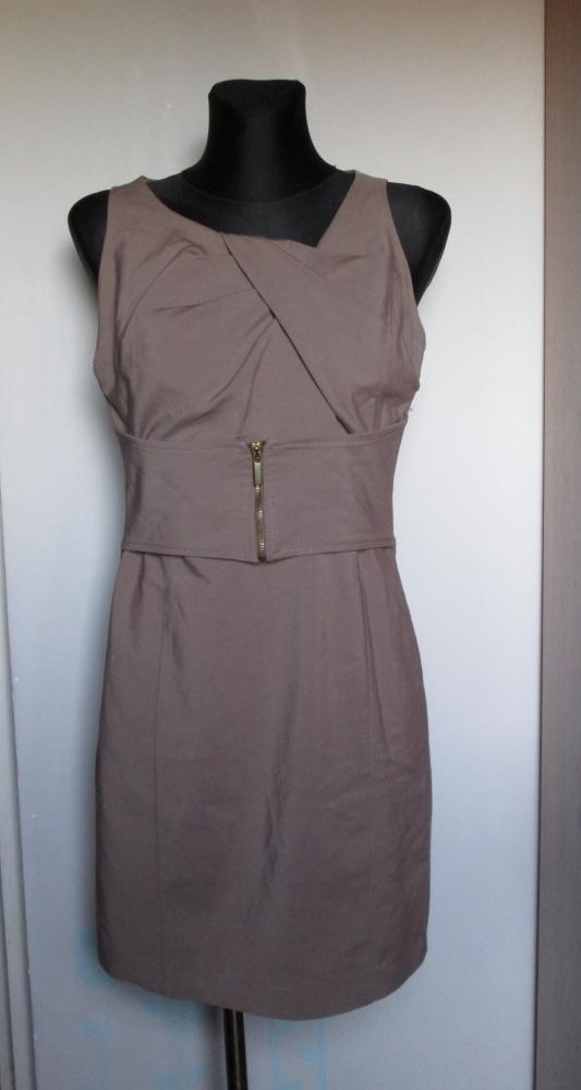 Elegancka oryginalna sukienka w kolorze kawy z mlekiem ładny pasek