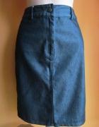 Ołówkowa spódnica midi...