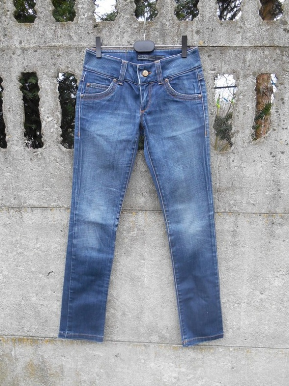 Jeansy Spodnie XS S rurki ONLY stan Idealny