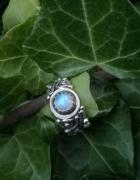 Ognista piękność ze srebra