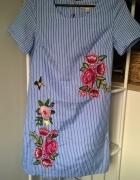 Sukienka z naszywkami XXS...