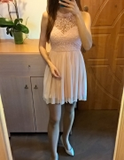Śliczna koronkowo tiulowa sukienka z odkrytymi plecami XS S...