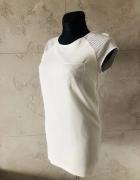 Biała sukienka tunika z elementami skóry firmy RESERVED 36 S...