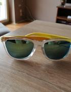 Żółte okulary przeciwsłoneczne lustrzane szkła...