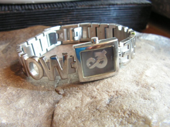 Zegarki Stalowy damski zegarek More More