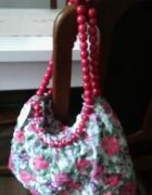 Kolorowa torba w falbanki korale...