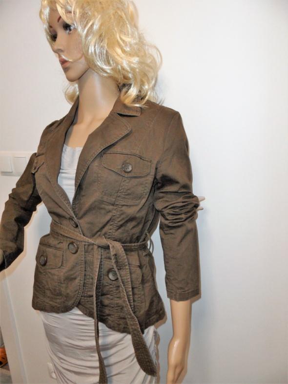 Brązowa kurtka żakiet blezer marki H&M...