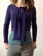 Sweterek z kokardą...