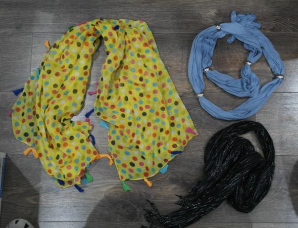 Chusty i apaszki Trzy apaszki różne kolory