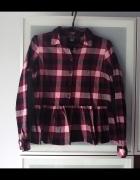 Koszula w kratę z baskinką rozmiar S...