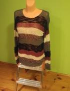 Kolorowy sweterek w paseczki...