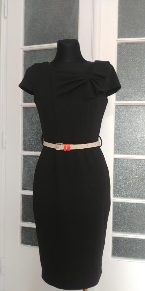 Suknie i sukienki Czarna sukienka z kokardą