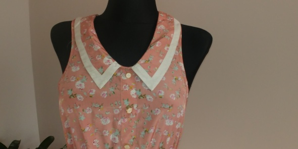 Suknie i sukienki Beżowa w kwiatuszki