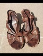 Buty sandały skórzane na koturnie letnie 37