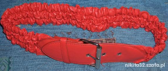 Paski Piękny pasek w kolorze czerwieni strażackiej