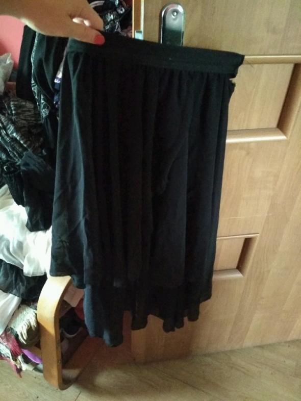 Spódnice Spódnica z dłuższym tyłem