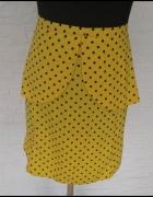 Żółta spódniczka mini w kropki...