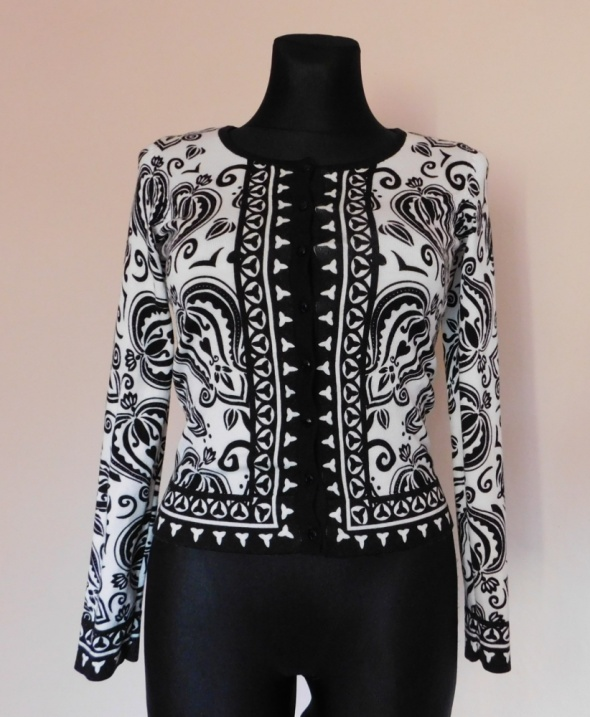 White house Black market sweter kardigan 34 36