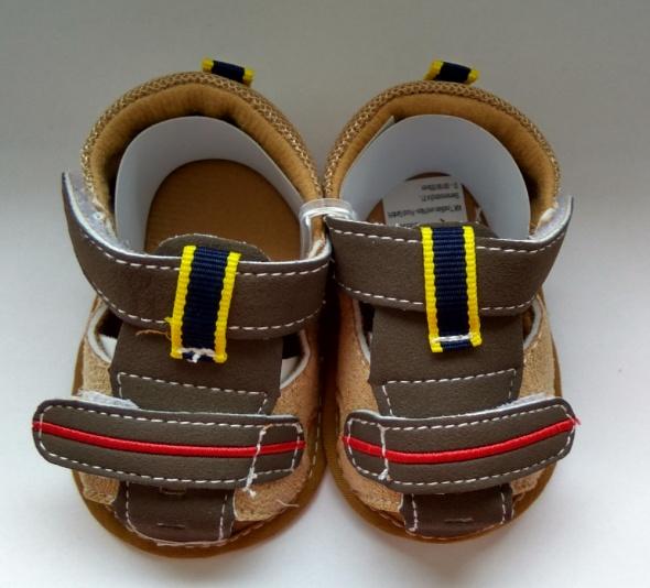 Nowe brązowe sandały chłopięce 62 68