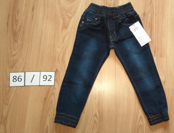 Nowe jeansowe spodnie joggery spodnie na gumkach 86 92