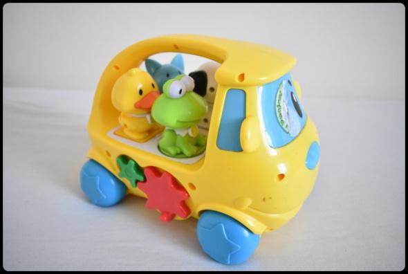 Autko ze zwierzętami SMYK muzyka dźwięki zabawka dla malucha