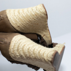 Zielone sandały koturny plecione khaki na lato Stradivarius