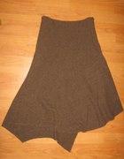 Asymetryczna spódniczka...