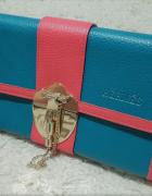 Śliczna turkusowo różowa torebka kopertówka...