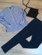 Koszula w paseczki i niebieski jegginsy jak nowe