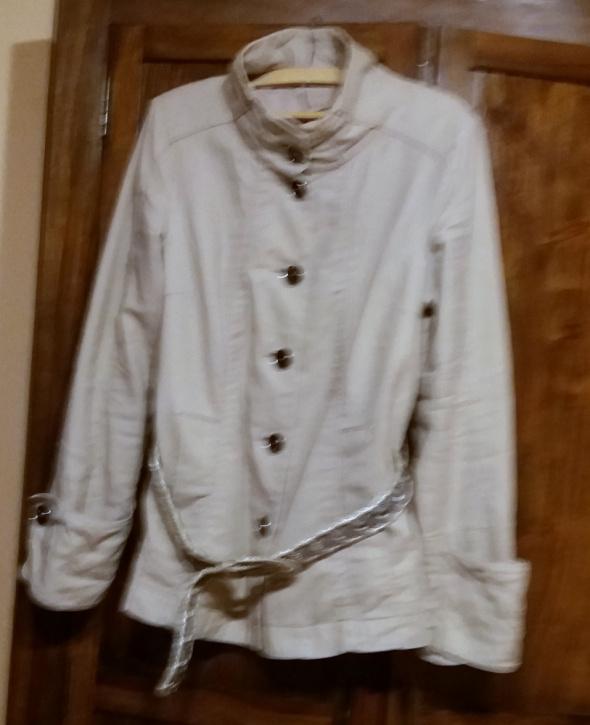 Odzież wierzchnia Przejściowa kurtka Reserved z paskiem