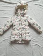 Zimowa kurtka z kapturem dla dziewczynki rozm 116
