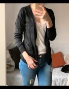 Czarny sweterek Cubus z brokatem elegancki krótki blazer basic...