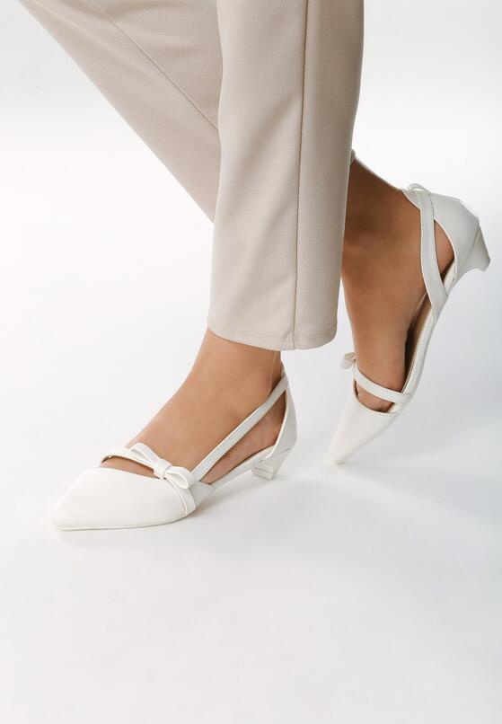 Białe Czółenka Vices baleriny