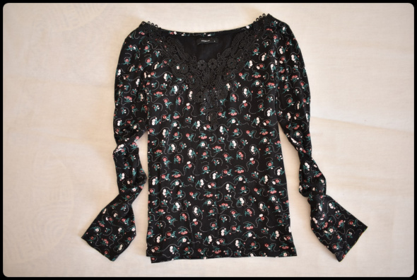 Reserved bluzka damska czarna w kwiatki koronka gipiura 40 L...