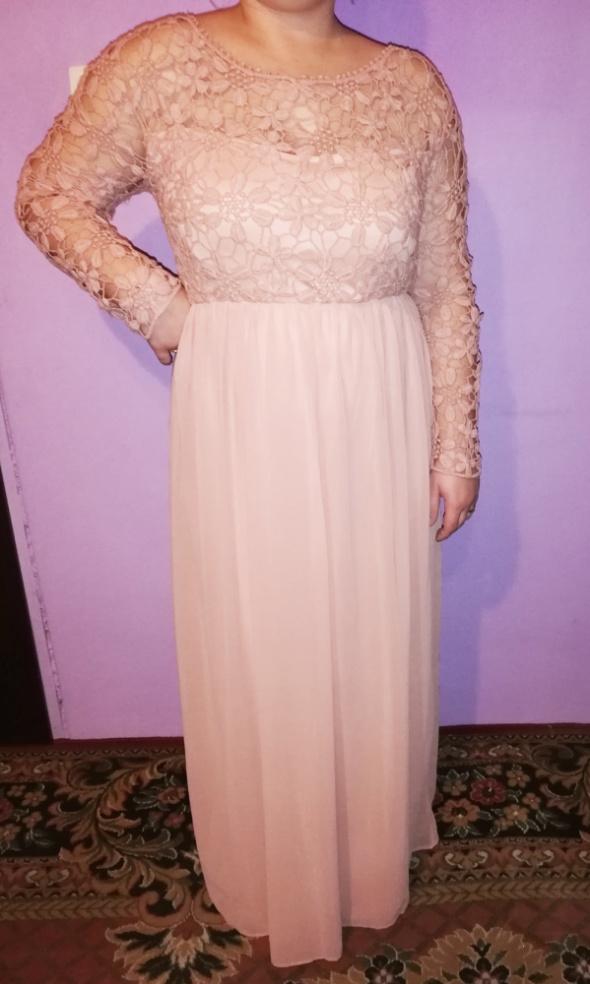 Piękna wieczorowa długa suknia pudrowy róż Gipiura 46 48