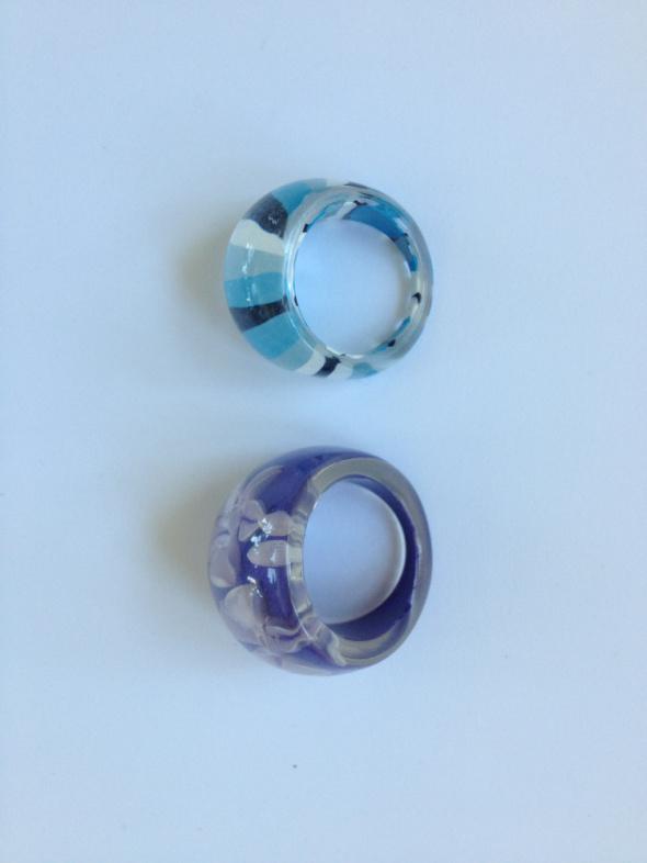 Pierścionki plastikowe kwiaty paski S duży w kwiaty pierścionek...