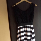 sukienka długa z haftem