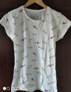 Biala bluzeczka...