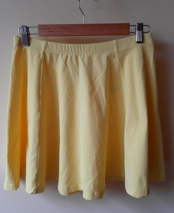 Żółta spódniczka rozkloszowana z koła M