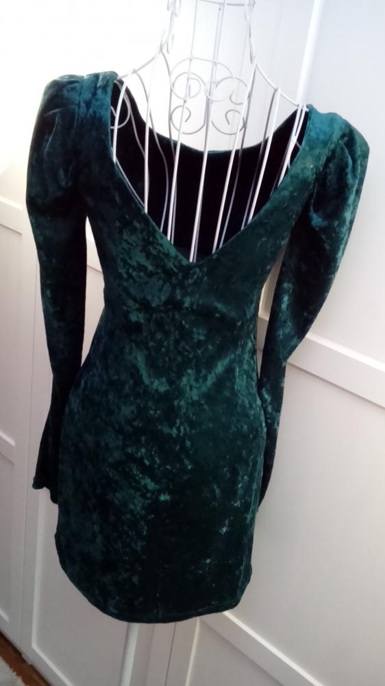 ORSAY welurowa butelkowa sukienka mini wycięte plecy bufki velvet S 36