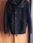 Płaszcz Bershka z kapturem rozmiar XL...