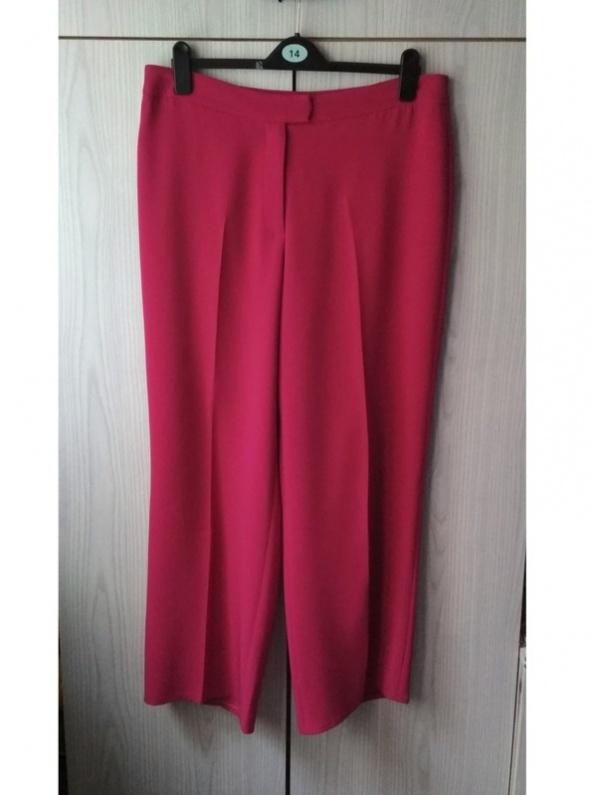 Różowe spodnie szerokie nogawki culottes kuloty palazzo Viyella...