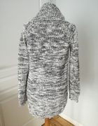 Sliczny sweter szary melanz rozmiar 36