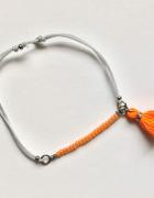 Bransoletka szary sznurek pomarańczowe koraliki chwost