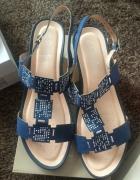 Nowe sandałki Lasocki 40...