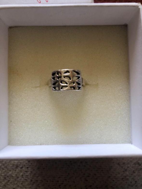 Srebrny pierścionek na mały palec 925