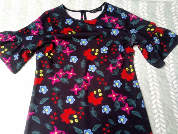Sukienka Dorothy Perkins 38