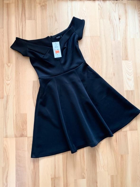 Reserved nowa czarna rozkloszowana sukienka sexy imprezowa xs...